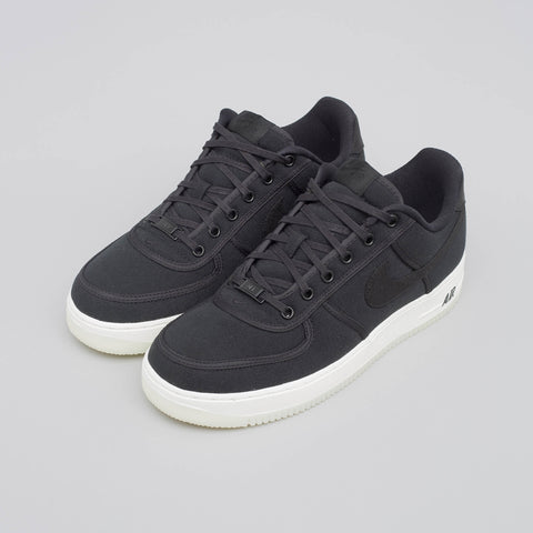 Nike Air Force 1 Low Retro Canvas in Black - Notre