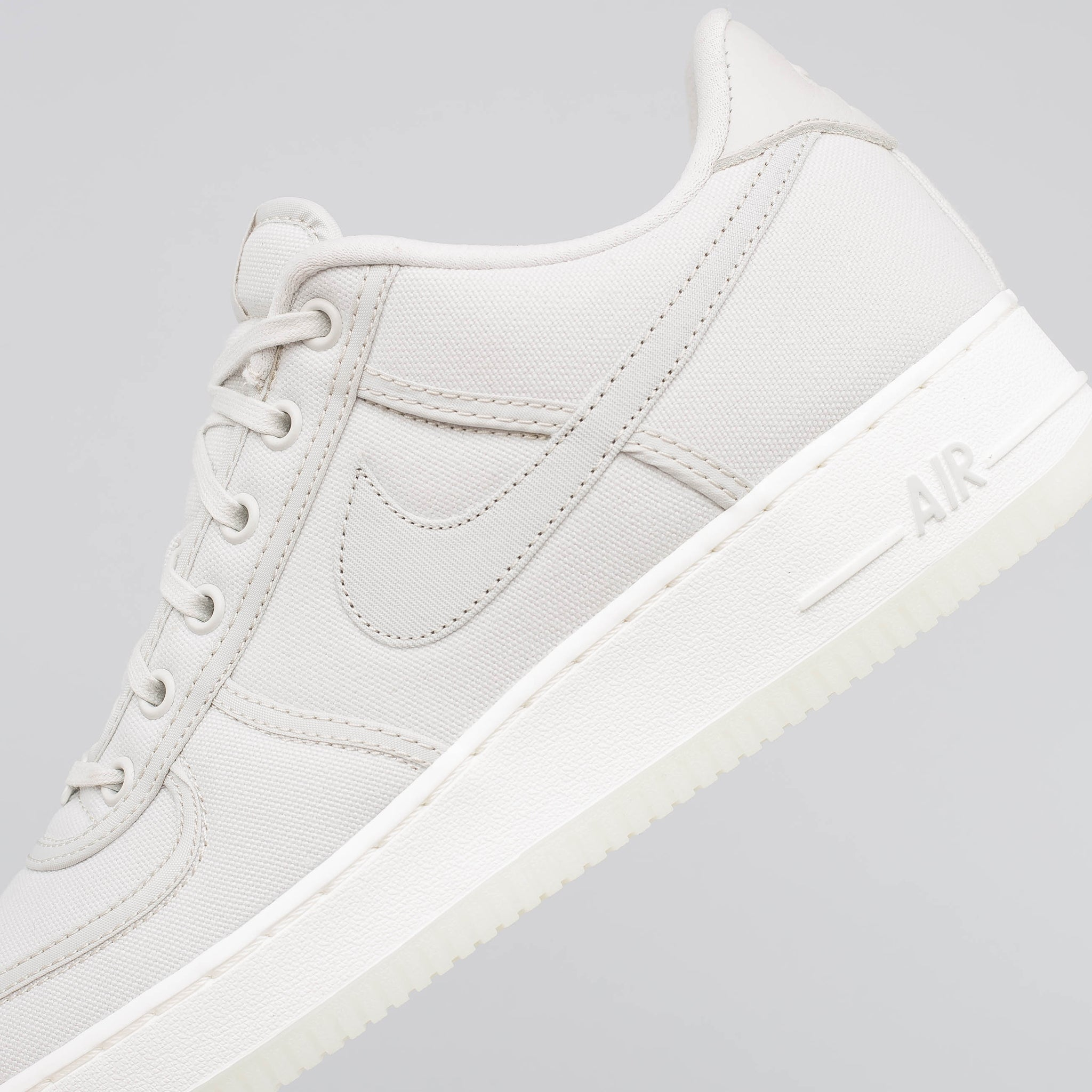Air Force 1 Low Retro Canvas in Sail