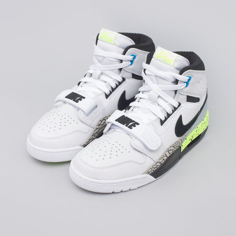 Jordan Air Jordan Legacy 312 in White/Volt - Notre