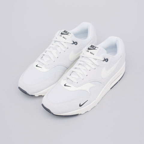Nike Air Max 1 Premium in Platinum/Sail - Notre