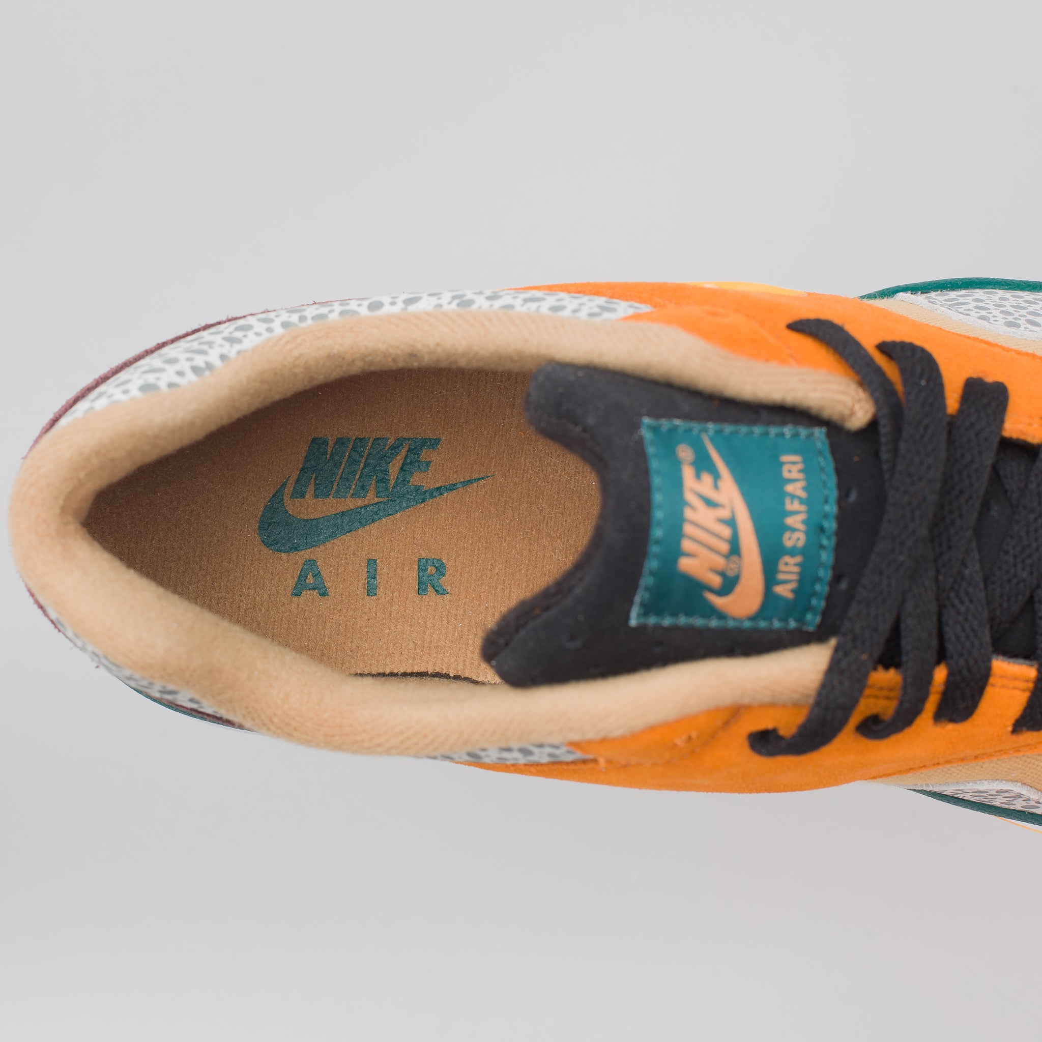 Air Safari SE in Monarch