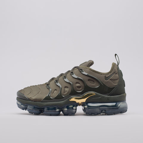 Nike Air Vapormax Plus in Cargo Khaki/Sequoia - Notre