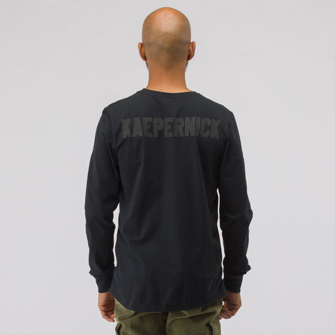 Nike Long Sleeve Kaepernick T-Shirt in Black - Notre