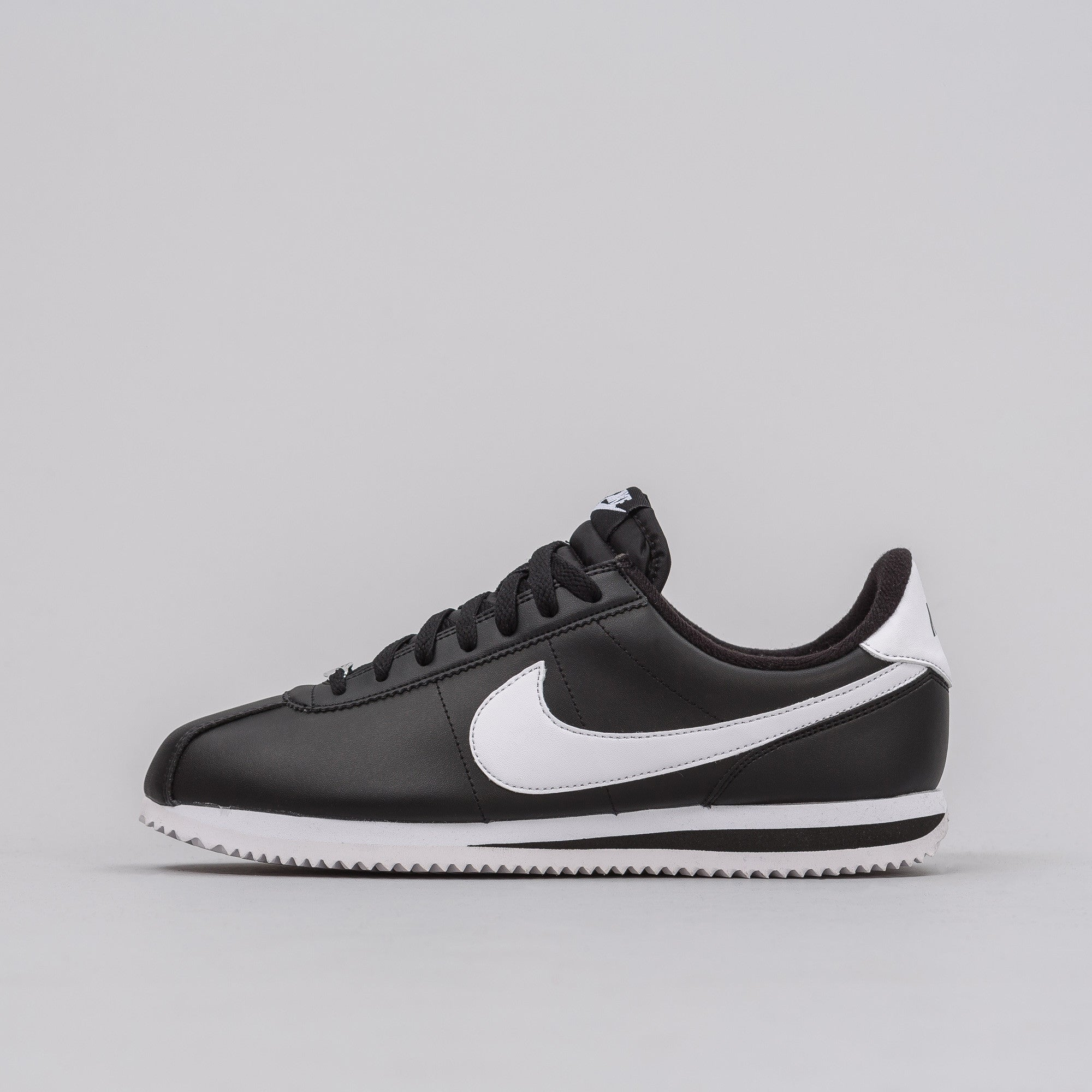 Cortez Basic Leather in Black/White