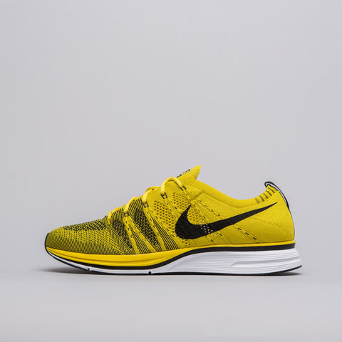 Nike Flyknit Trainer in Bright Citron - Notre