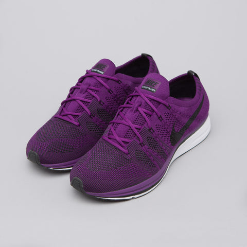 Nike Flyknit Trainer in Night Purple - Notre