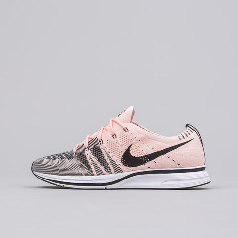 Nike Flyknit Trainer in Sunset Tint - Notre