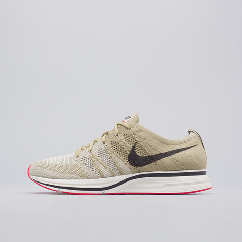 Nike Flyknit Trainer in Olive/Brown - Notre