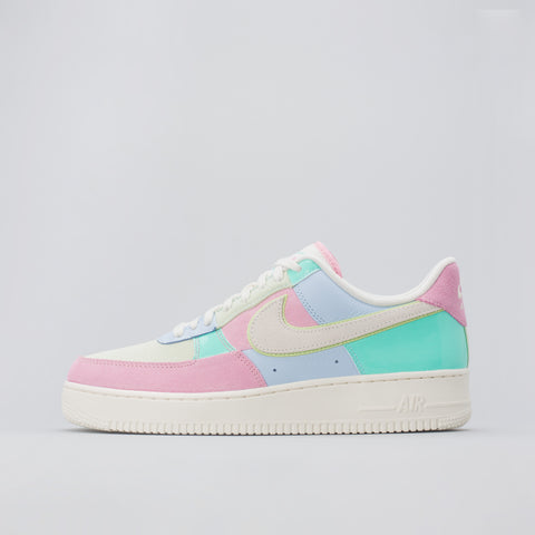 Nike Air Force 1 07 QS Easter in Ice Blue/Sail - Notre