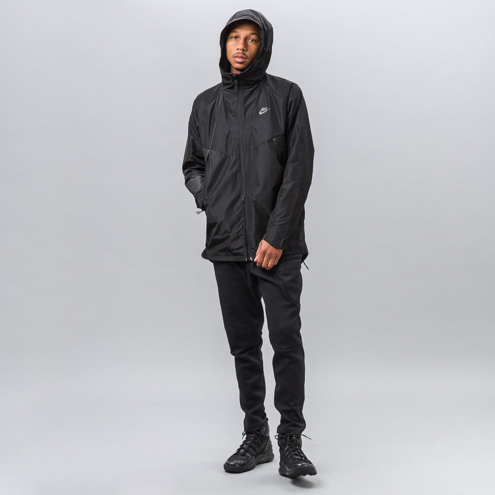 Nike Bonded Jacket in Black 805112-010 1