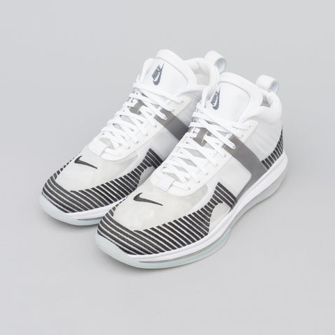 Nike Lebron x John Elliott Icon in White/Black - Notre