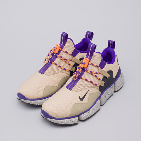 Nike Pocketknife DM in Linen/Black/Khaki - Notre