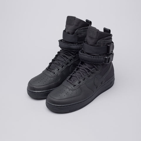 Nike Special Field Air Force 1 in Triple Black - Notre