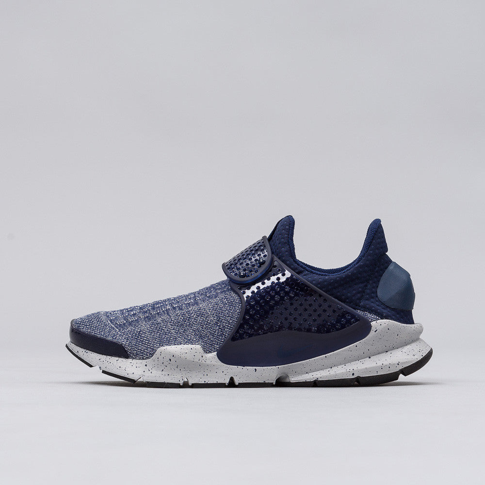 Nike Sock Dart SE Premium in Midnight Navy 859553-400