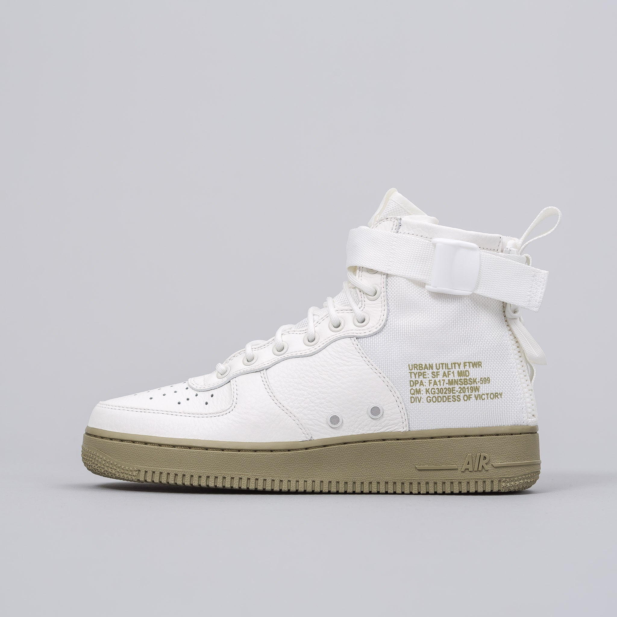 Special Field Air Force 1 Mid in Ivory/Olive