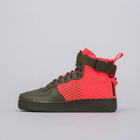 Nike Special Field Air Force 1 Mid QS in Cargo Khaki/Total Crimson - Notre