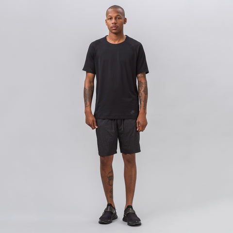 Nike Sportswear Tech Hypermesh Shorts in Black - Notre