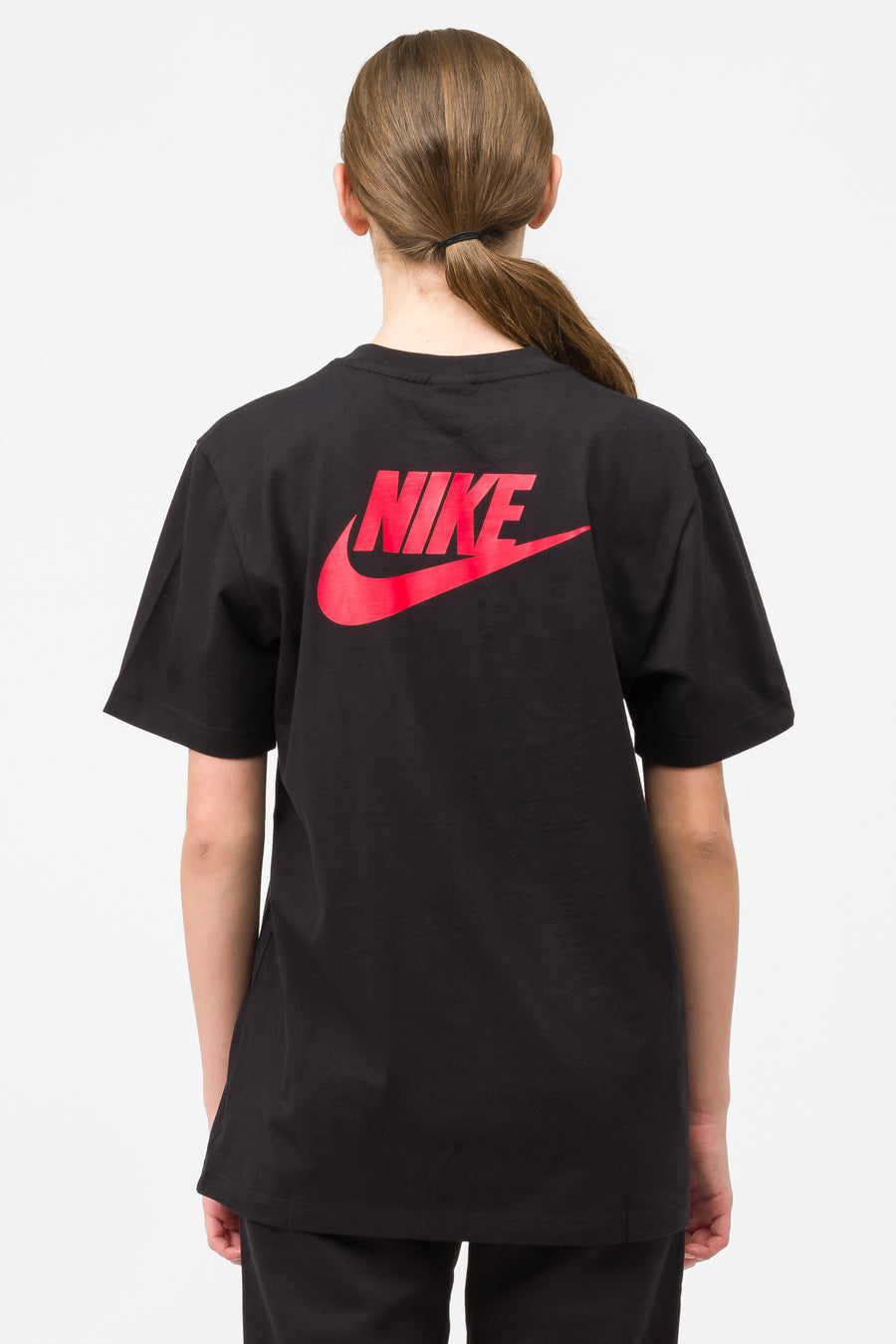 Nike Stranger Things Hawkins High T-Shirt in Black/Red - Notre
