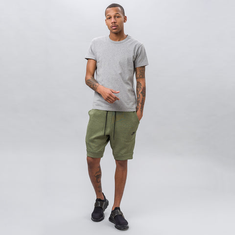 Nike Tech Fleece Short in Olive - Notre