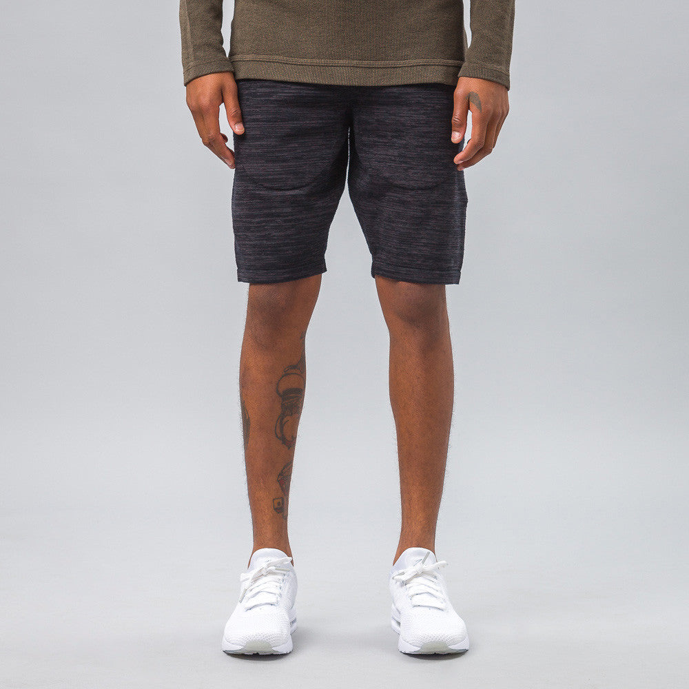 Nike - Tech Knit Shorts in Black - Notre - 1