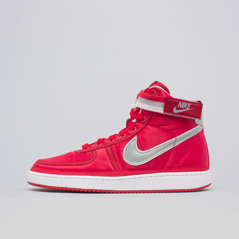 Nike Vandal High Supreme in Red - Notre