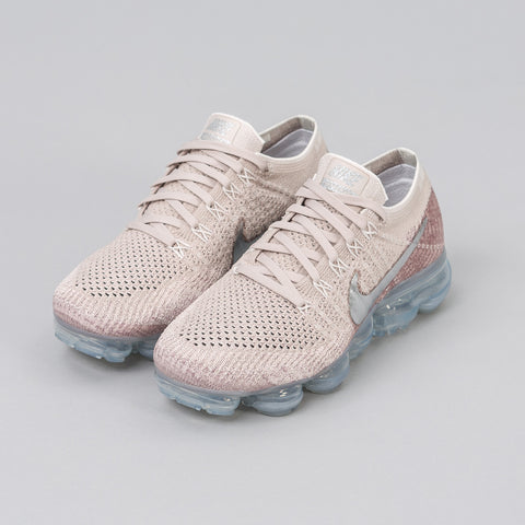 Women's Air Vapormax Flyknit in String / Chrome