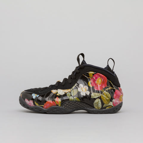Nike Air Foamposite One in Black/Floral - Notre