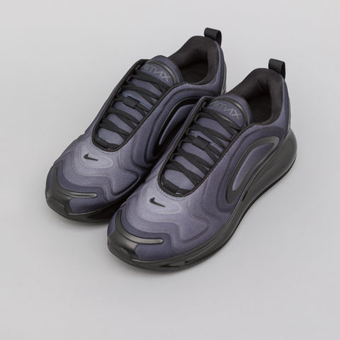 Nike Air Max 720 in Black/Anthracite - Notre