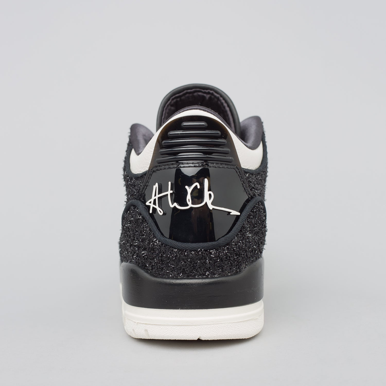 x Vogue Women's Air Jordan 3 Retro in Black