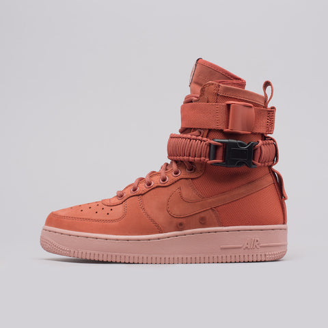 Nike Women's Special Field AF1 in Dusty Peach - Notre
