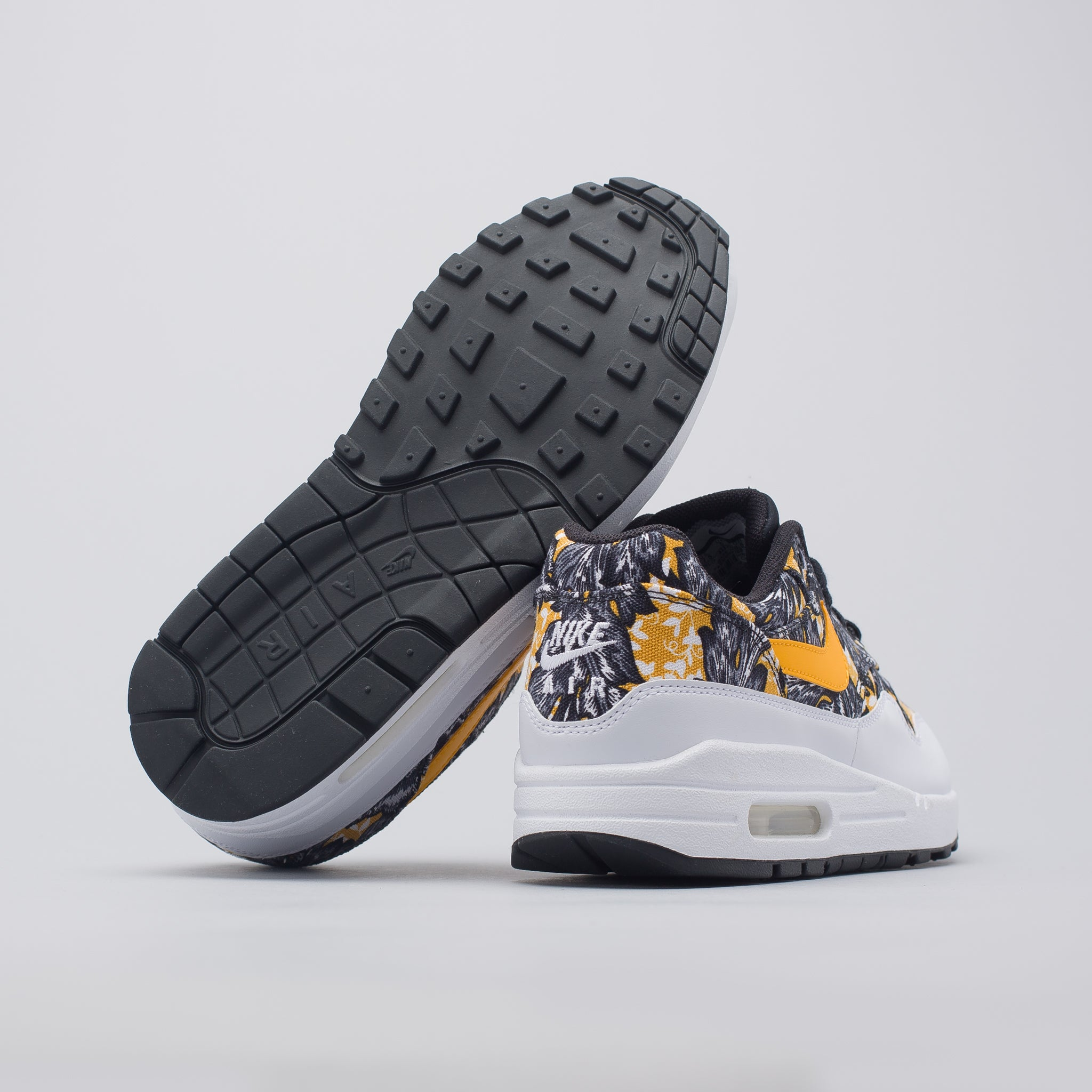 Women's Air Max 1 QS in White/Gold/Black