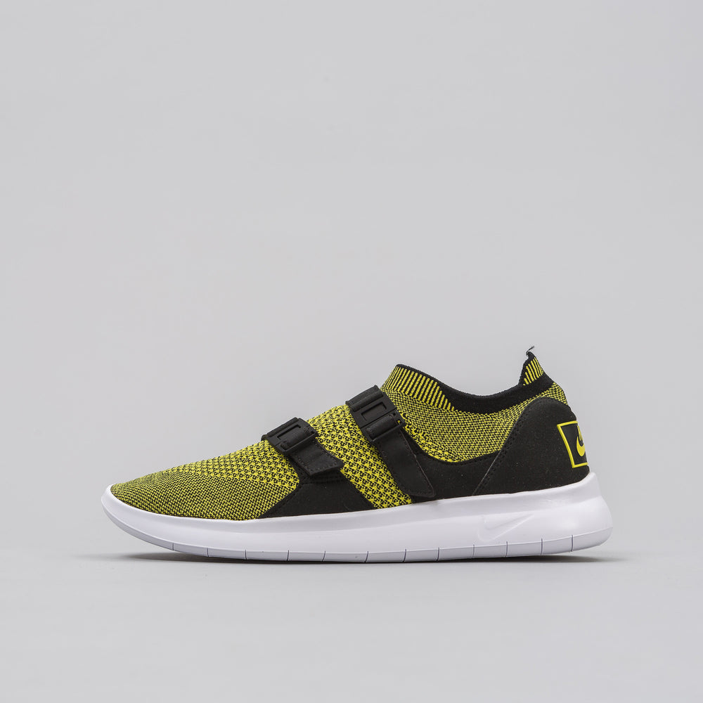Nike Women's Air Sockracer Flyknit in Yellow/Black - Notre