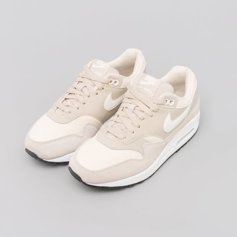 Nike Women's Air Max 1 in String/Sail - Notre