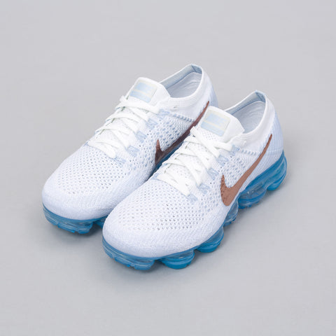 Nike Women's Air Vapormax Flyknit in Summit White/Red Bronze - Notre