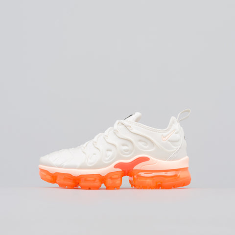 Nike Women's Air Vapormax Plus in Phantom/Orange - Notre