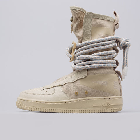 Nike Women's Special Field Air Force 1 in Rattan - Notre