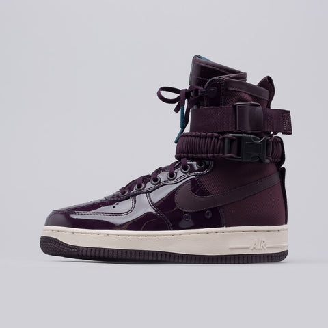 Nike Women's Special Field Air Force 1 SE PRM in Port Wine - Notre