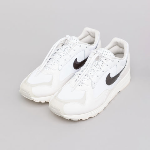 Nike x Fear of God Air Skylon II in White - Notre