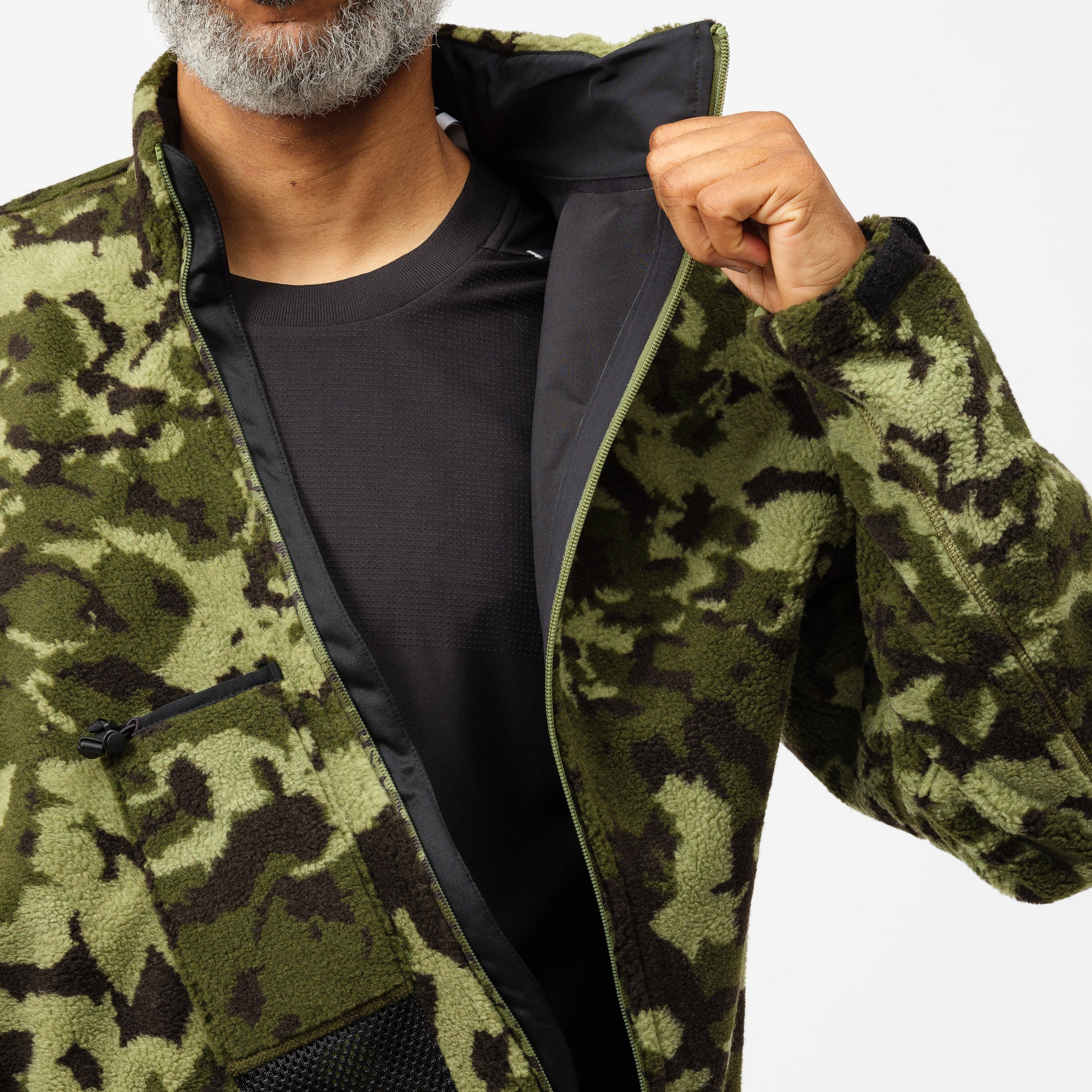 MMW 2-in-1 Hooded Fleece Jacket in Black/Green