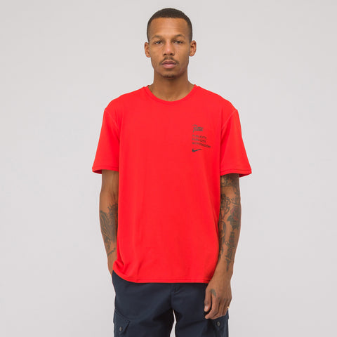 Nike x Patta Top in Habanero Red - Notre