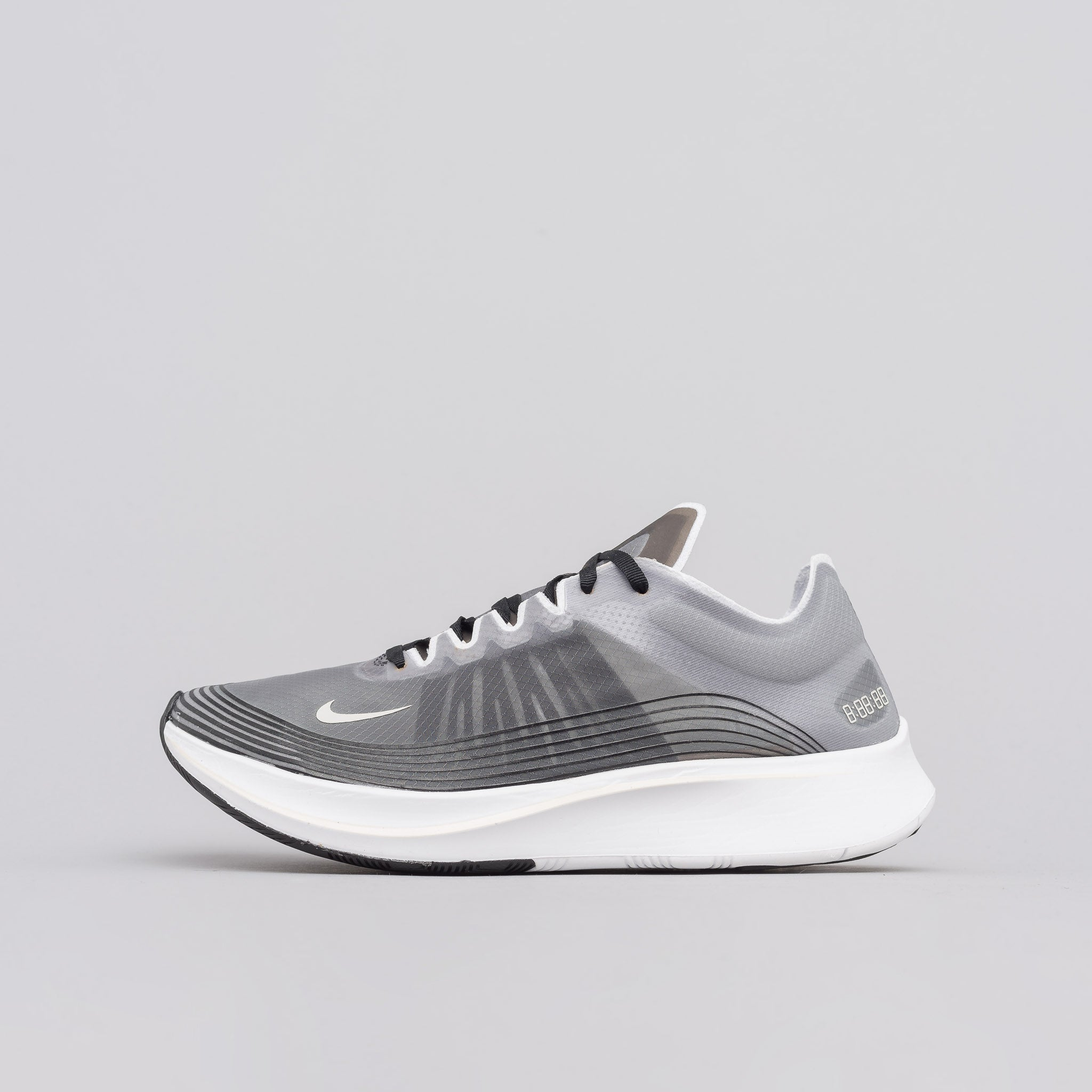 Zoom Fly SP in Black/Light Bone