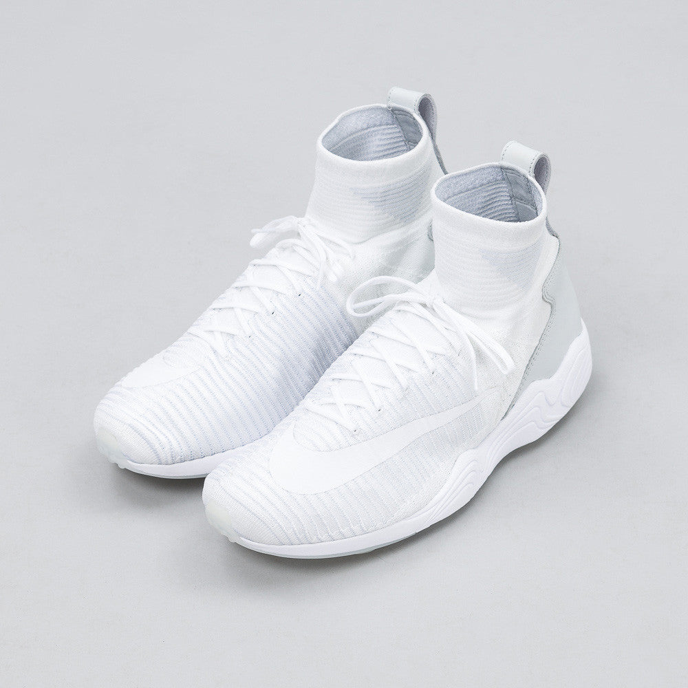 Nike - Zoom Mercurial XI Flyknit in White/Grey - Notre - 1