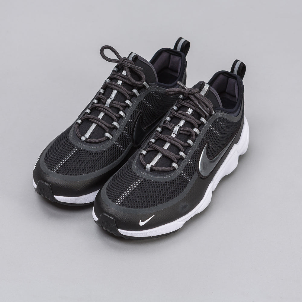 Nike Zoom Spiridon Low in Black - Notre