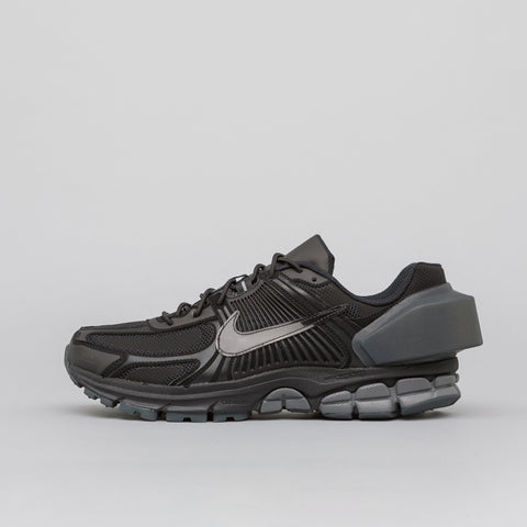 Nike x A-COLD-WALL* Zoom Vomero 5 in Black - Notre