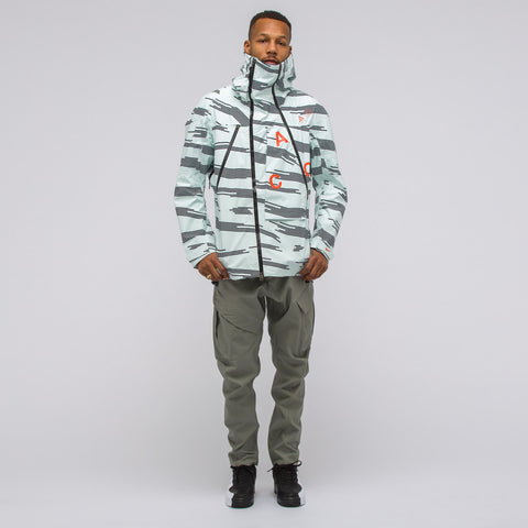 NikeLab ACG Alpine Jacket in Barely Green - Notre
