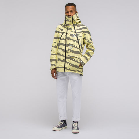 NikeLab ACG Alpine Jacket in Citrine Dust - Notre