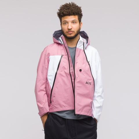 NikeLab ACG 3 Layer Gore-Tex Jacket in Elemental Pink - Notre