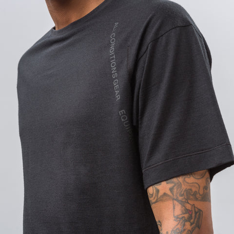 Nike NikeLab ACG Short-Sleeve Top in Black - Notre