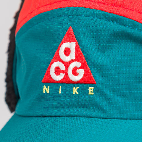 NikeLab ACG Tailwind Sherpa Hat in Teal/Red - Notre