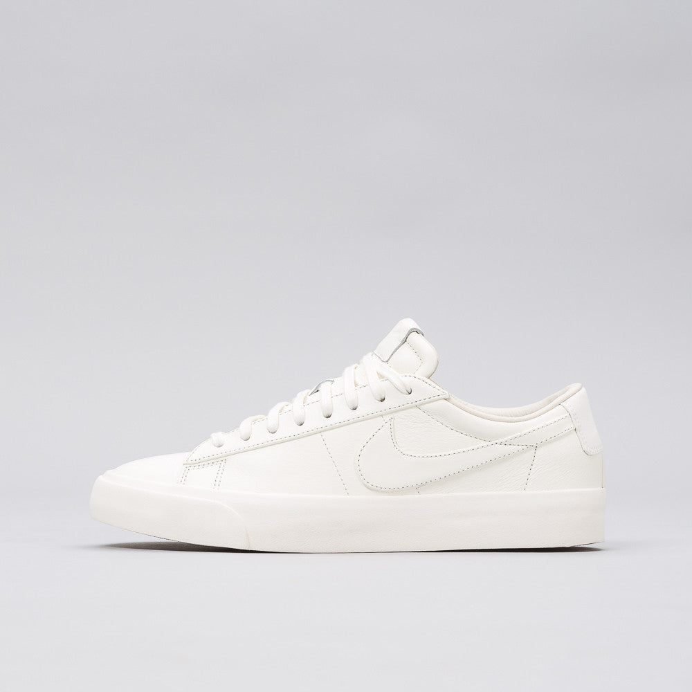 Nikelab Blazer Studio Low in Sail